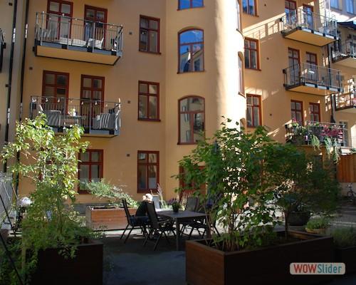 Bild 9 - Innergård